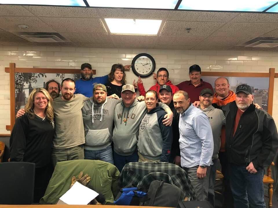 After 15 hrs of mediation, #Teamsters reached an agreement that both parties can be proud of! Union members will vote on the new settlement today. @Teamsters @Teamstersjc32 @Brian_Aldes @SamiGabriel320 @StLouisCountyMN #1U