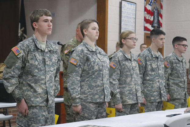 New story (Overmountain Cadet Corps holds promotion ceremony) has been published on http://www.elizabethton.com - https://www.elizabethton.com/2020/01/20/overmountain-cadet-corps-holds-promotion-ceremony/…pic.twitter.com/cvNjJdlrZD