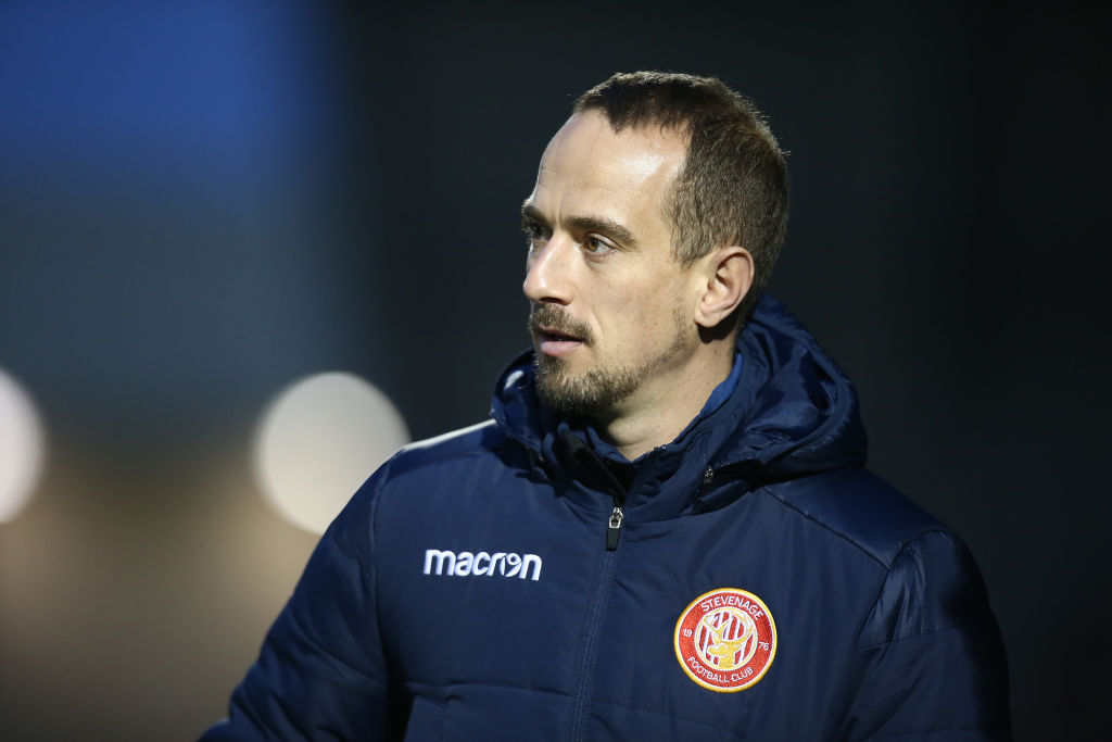 Stevenage first-team coach Mark Sampson's FA charge of using racist language has been found not proven.  More to follow: https://bbc.in/30CFkDbpic.twitter.com/Heed4KSTog