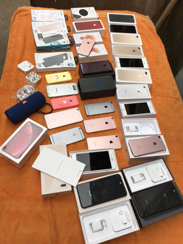 Disponible  iPhone  6s  au  XsMax   DM si intéressé  RT apprécié   #Douala #ExpeditionYdepic.twitter.com/AcX252U6NM