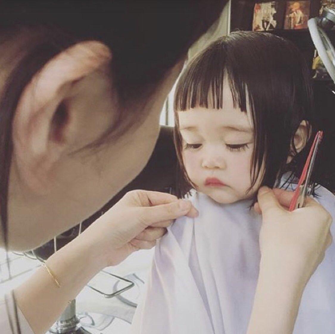 髪の毛ぱっつんの女の子がかわいすぎる