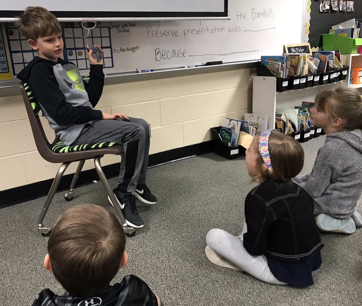 Trading in earned POGS for show in tell time is quickly becoming a new class favorite! We had geodes (one of my favorite things) and a baseball pin collection! @HumbleISD_DWE #dwe2020 <br>http://pic.twitter.com/SP0oPdUJAe
