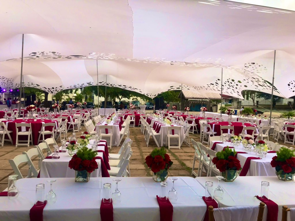 Over the weekend. A beautiful young couple asked for a simple set up for their wedding reception. Sometimes less is more. Don't break the bank. Call or text us on 0200281109<br>http://pic.twitter.com/pPvEcOnpOy