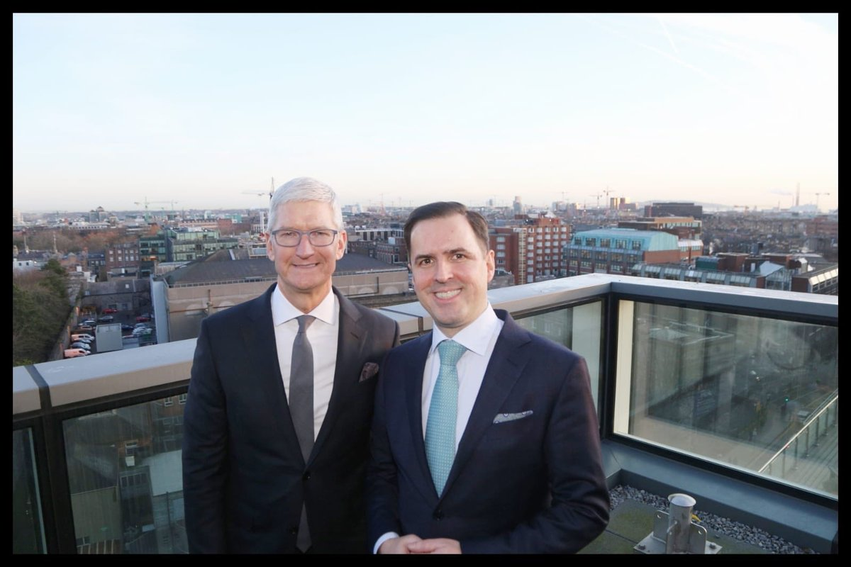 I was delighted to welcome @tim_cook to @IDAIRELAND this morning. @Apple have shown huge commitment to Ireland over four decades. And in our discussion in the NCH he made it clear that they will be here for quite some time to come. #LookingToTheFuture 🇮🇪