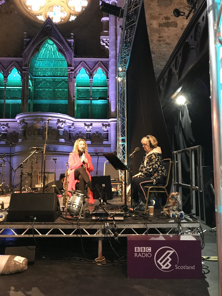 Another of our great @ccfest guests today was brilliant singer songwriter @ElaineLennonMu1 who told us how she overcame shyness and left a job in HR to end up performing in the @BluebirdCafeTN in Nashville, and performed two gorgeous songs for our audience https://www.bbc.co.uk/programmes/m000dh95…