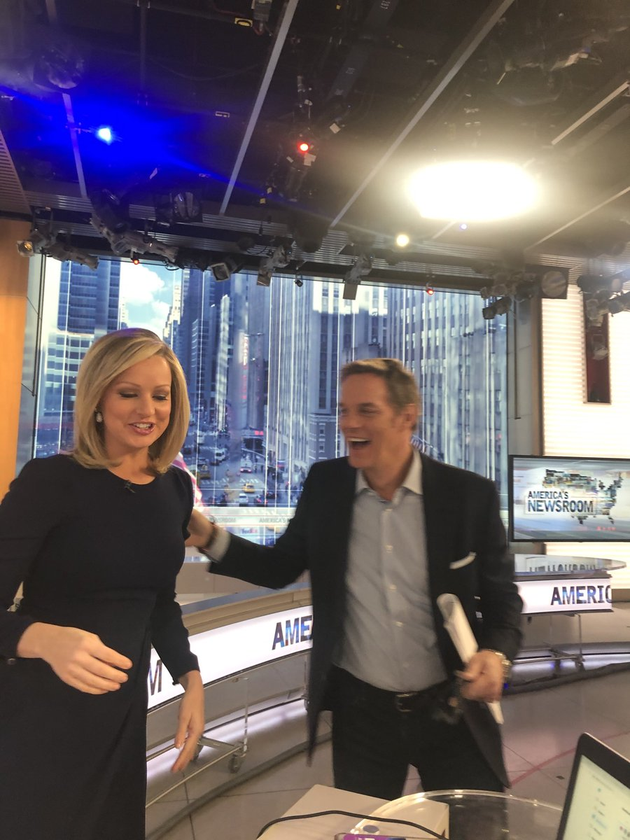 Look who visited ... tune in now & 3pm ET ⁦@SandraSmithFox⁩ ⁦@BillHemmer⁩