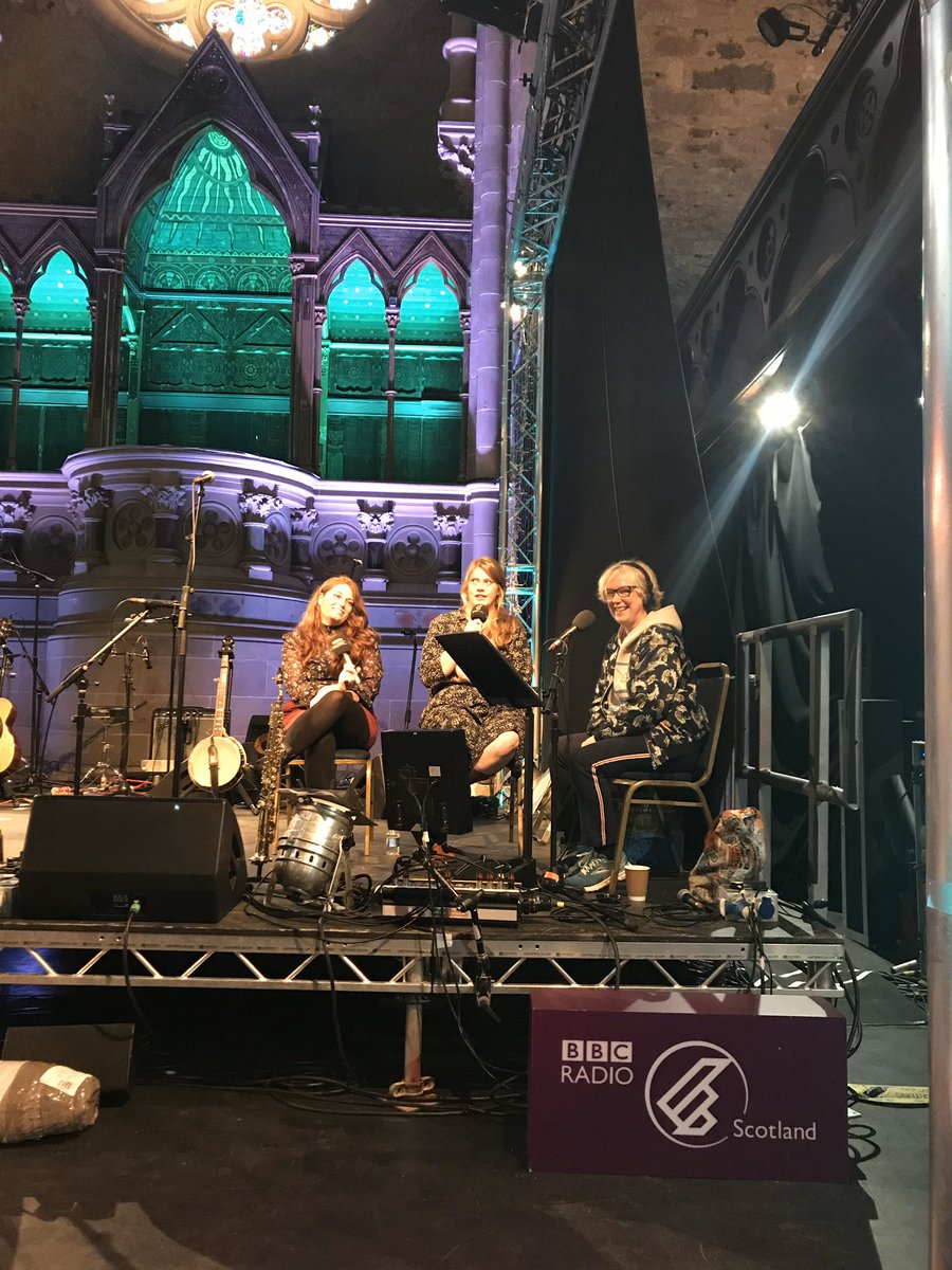 Bluegrass music, interesting conversation and even a joke from Kentucky duo @TheLocalHoneys on stage @Cottiers_Venue broadcasting @BBCRadioScot with @JaniceForsyth for @ccfest. Listen back @BBCSounds ❤️🎵https://www.bbc.co.uk/programmes/m000dh95…