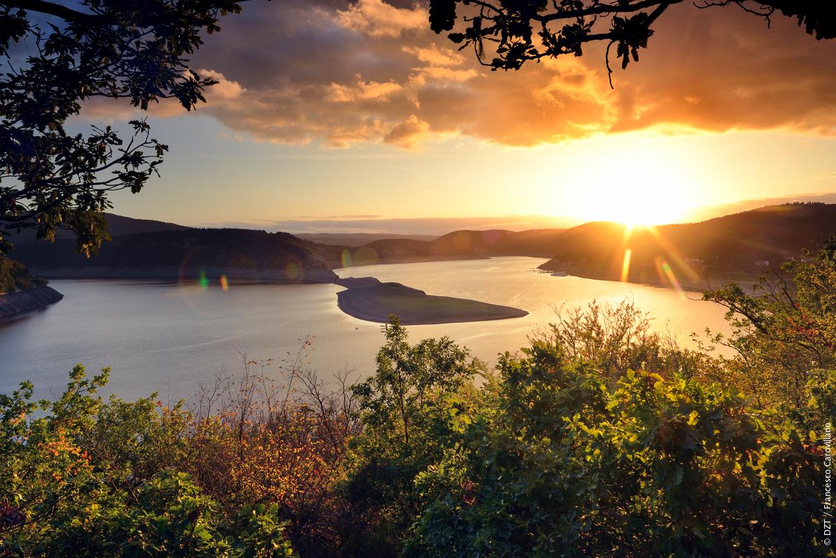 #HappyMonday from the Kellerwald-Edersee National Park!  https:// fcld.ly/3ldzusc    <br>http://pic.twitter.com/VBRILH07vB
