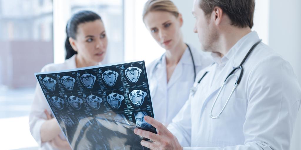 test Twitter Media - 📌El déficit de ácido fólico y vitamina B12 y B6 puede favorecer la progresión del #Alzheimer y otras demencias, según investigaciones del neurólogo clínico Óscar Mancera Páez @OscarManceraMD, profesor de Medicina de la Universidad Nacional de Colombia https://t.co/mqDOBkwxEs https://t.co/uiy0vsjOul