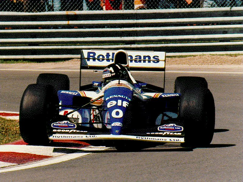@HillF1, this is my favorite picture that I took of you (Montreal 1994, Hairpin).  Thanks for posing!!! #CanadianGrandPrix pic.twitter.com/vdlRzdQ3nq