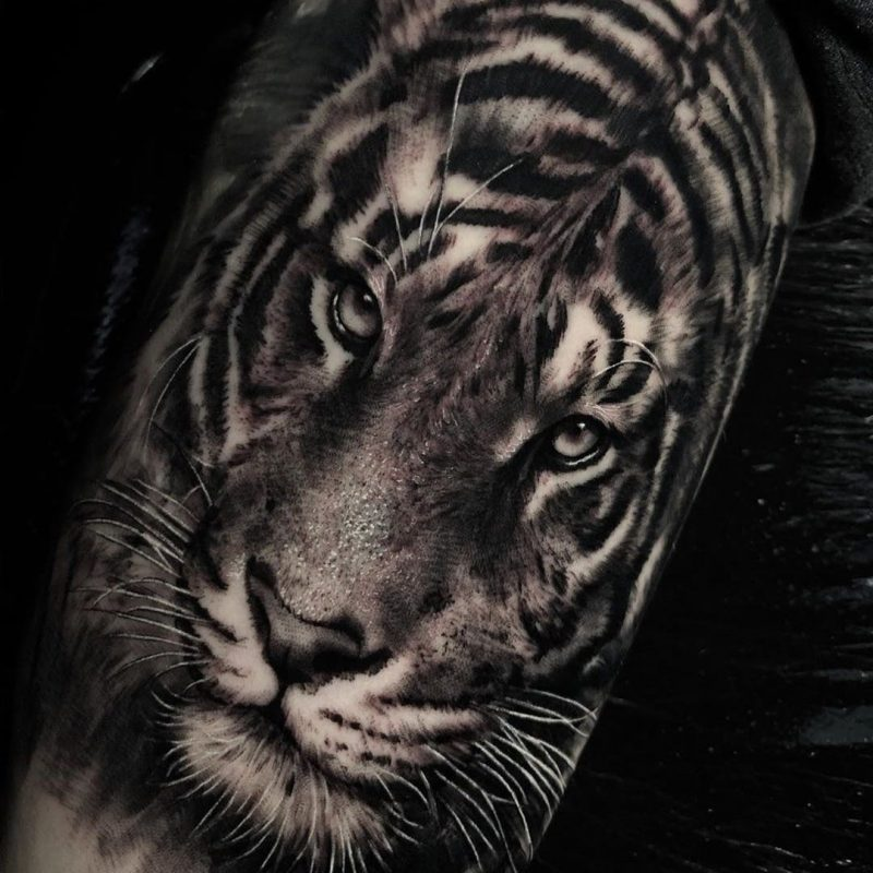 RT https://twitter.com/timebomb_tattoo/status/1219291718438309888… Some interesting tattoo trends coming up this year. Let us know your thoughts :) https://tattoolove.org/2020-forecasts-tattoo-trends/… #tattoomodel #tattooedgirls #tatuaje #tatuagem #traditi…pic.twitter.com/r5l49NYcN0