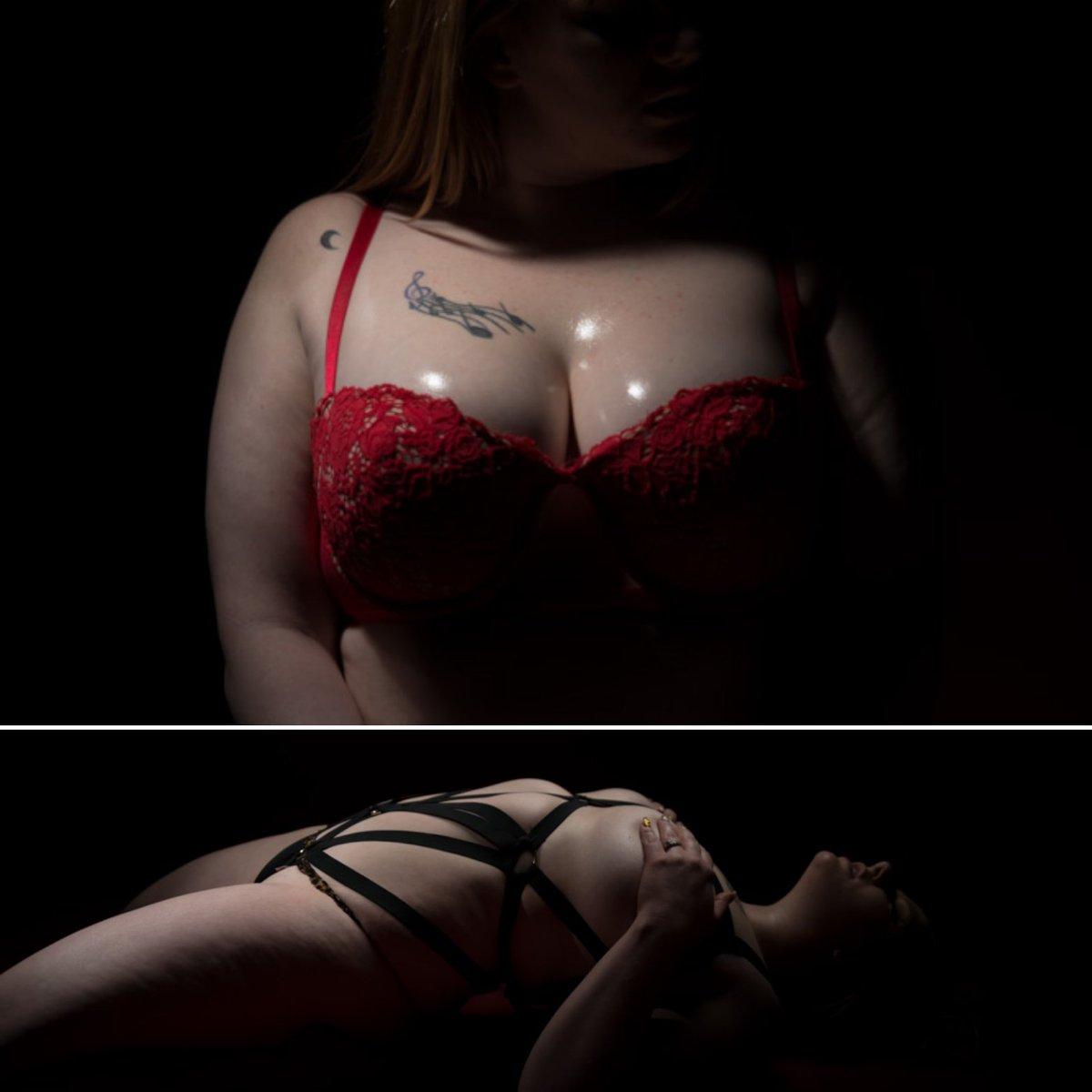 #bodyformphotography_bfp #piercedchicks #tattooedgirls #girlsofinstgram #chickswithtattoos #bodypositivity #tattoos_of_instagram  #curvygirl #bodypositive #curvymodelpic.twitter.com/NZxIwSCMbT