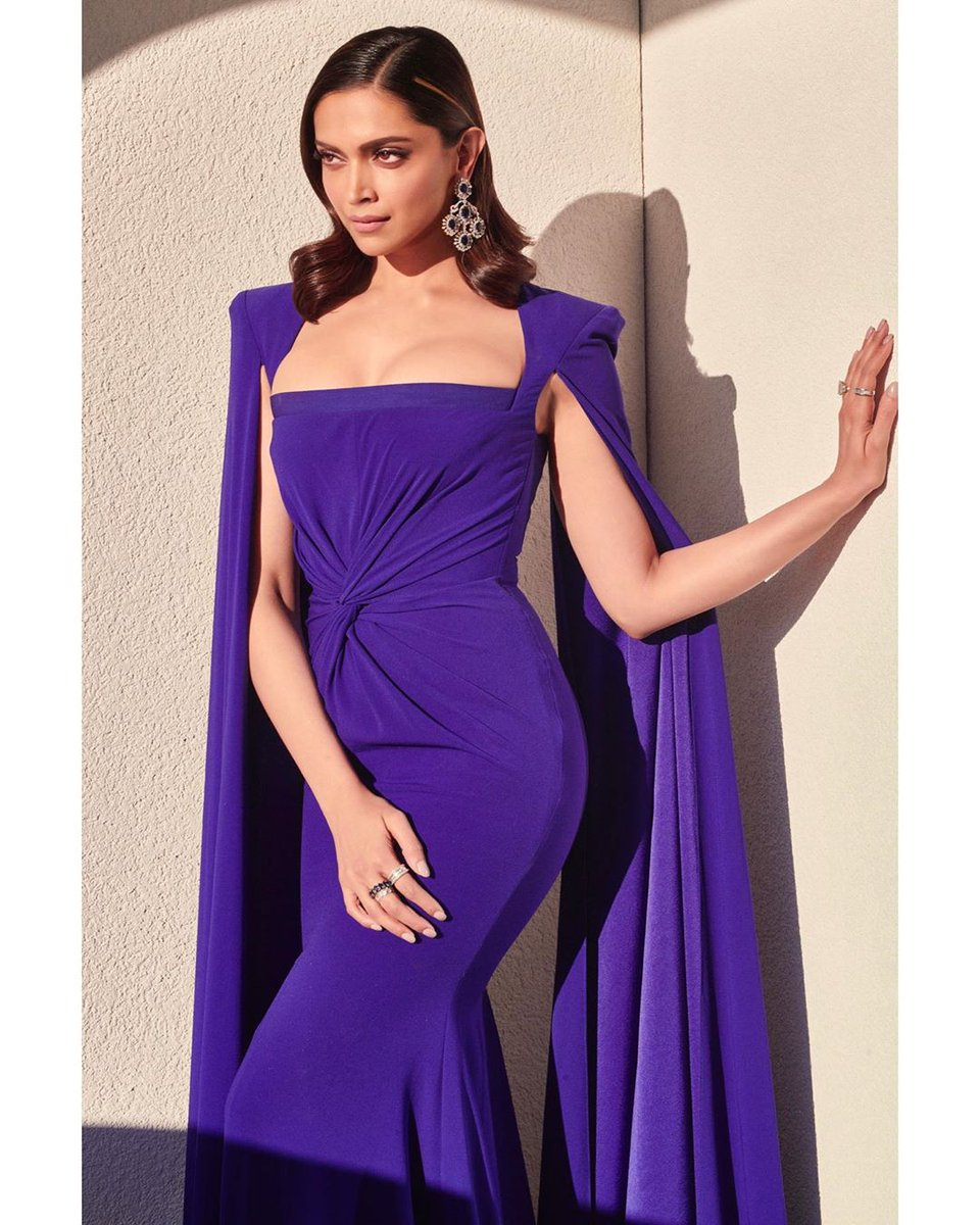 Stunning #deepikapadukone for The crystal award #davos2020 #gossipganj #Bollywood #BollywoodCelebs #bollywoodhot #actress #actresslife #bollywoodactresspic.twitter.com/kirO8Om9Se