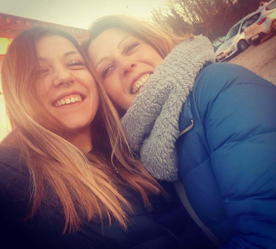"""Leggi questa bellissima lettera di una mamma che dice """"Grazie per aver salvato mia figlia!"""" -->http://www.narcononpiemonte.com/grazie-per-aver-salvato-mia-figlia/… #NarcononPiemonte #storiedisuccesso #mammaefiglia #aiutare #stopdipendenzapic.twitter.com/firHz5TRoo"""