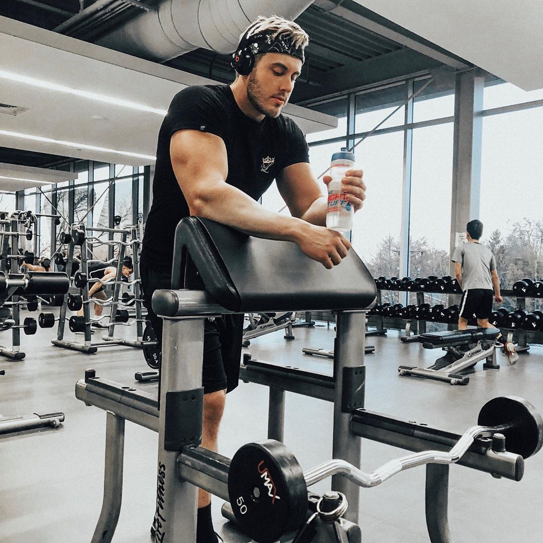 All our athletes put in hours and hours of training and practice behind the scenes and we support them in every way we can #WeAreYourPeople @D_skutty85 .  #workout #gymworkout #trainhard #dedication #athletedevelopment #mondaymotivation #getfit #determination #fitnessmotivation<br>http://pic.twitter.com/fQCOMqm038