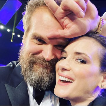 Winona Ryder un David Harbour