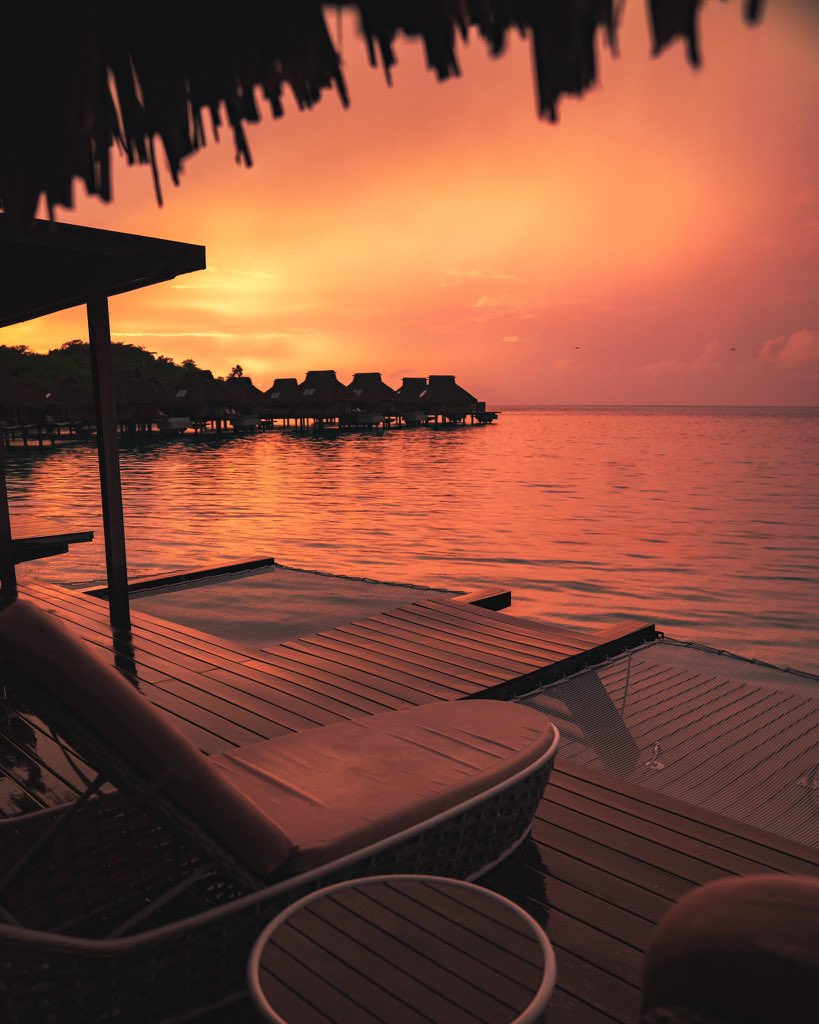 French Polynesia is too beautiful to be real  <br>http://pic.twitter.com/EggDBCVdTp
