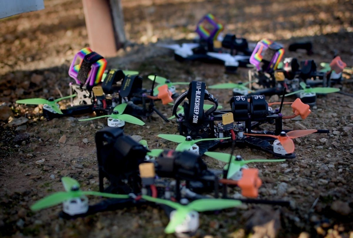 A fleet of FPV drones ready for action !!  . #drones #aerial #dronelife #dronephotography #quadcopter #dronesdaily #fpv #uav #dronevideo #multirotor #aerial #aerialphotography #aerialphoto #aerialviewpic.twitter.com/PIWC8fW5lD
