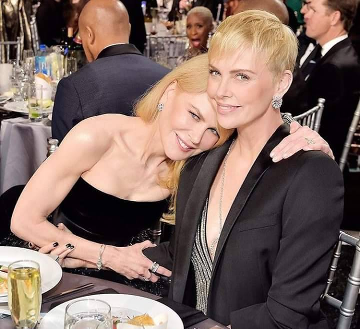 Nicole Kidman y Charlize Theron. #NicoleKidman #CharlizeTheron pic.twitter.com/KS59d0BLNP