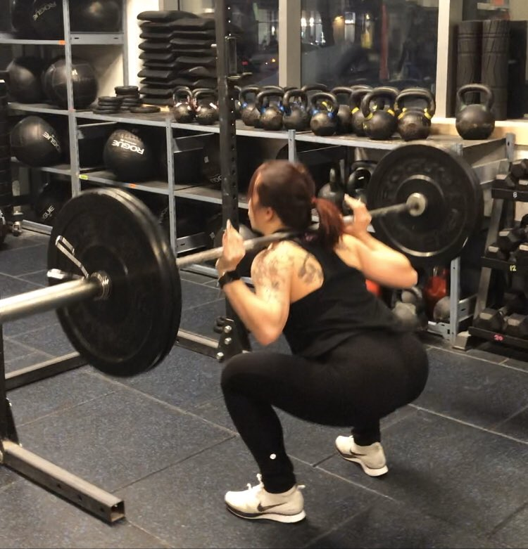 Monday squats day let's not talk about how much yesterday hurt    @edgemik booty shot just for you!! #30daychallenge #fitnessfreak <br>http://pic.twitter.com/lfbFeO5PRq