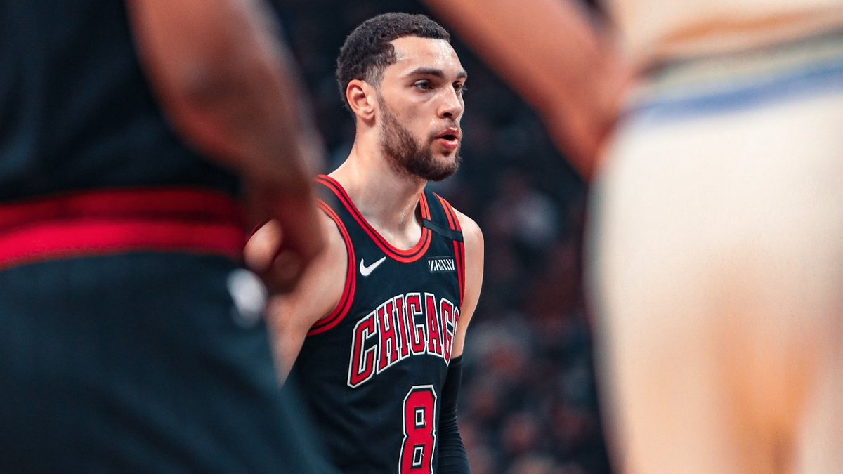 Zach has now scored 20+ points in 11 straight games.  http://bit.ly/VoteBulls