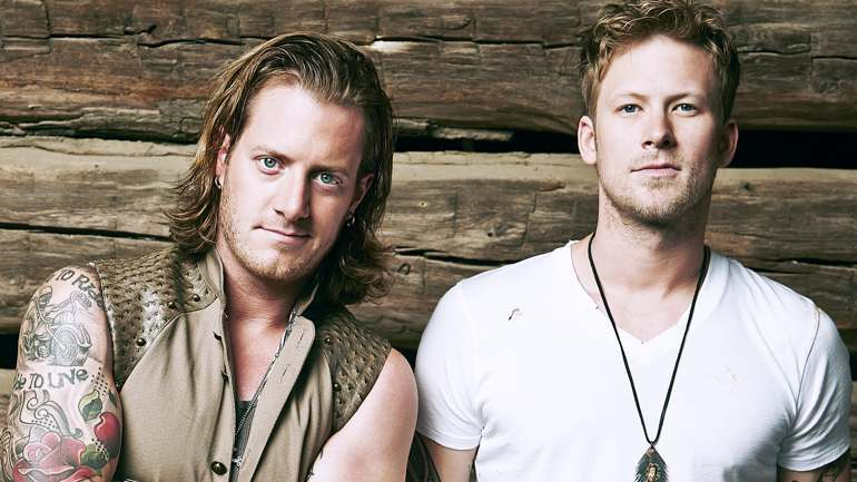 Poll Results: Best Concert  Brian Kelley and Tyler Hubbard of Florida Georgia Line. Crowd-pleasing, party-starting duo perfect for a summer night.   #BestConcerts #Tips #Tipstor #BestMusic #BrianKelley #TylerHubbard #music #concerts #FloridaGeorgiaLine <br>http://pic.twitter.com/hDfeVrdGEI