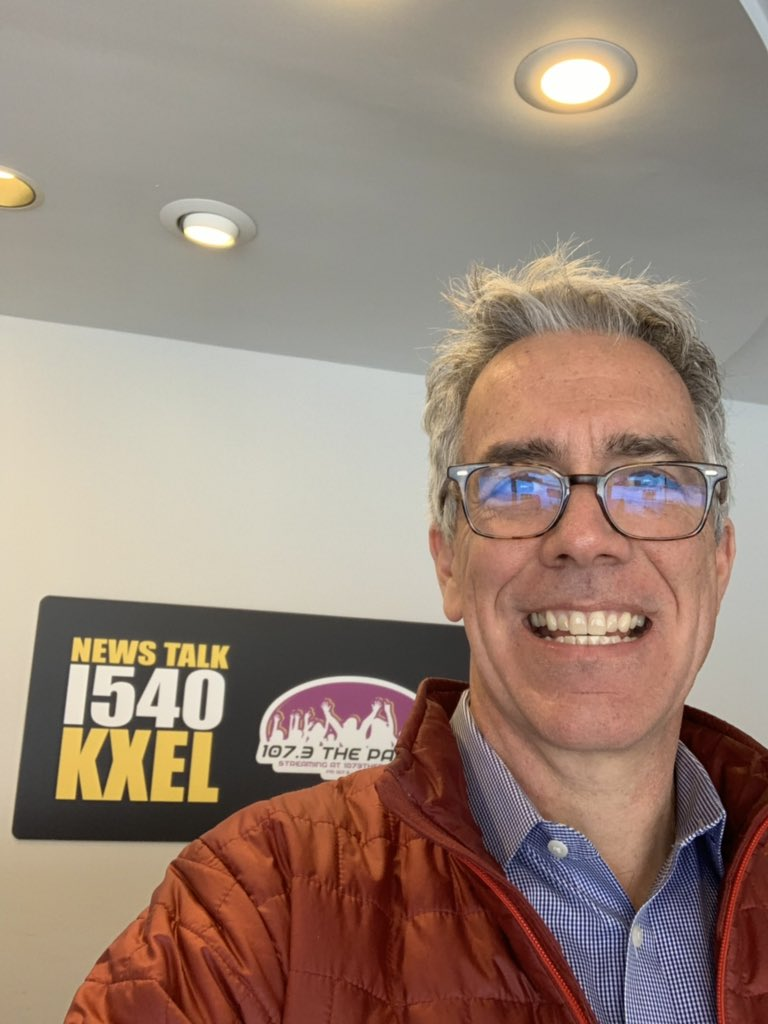 It's cold in Waterloo, Iowa today. Looking forward to being in a warm studio soon at @KXEL1540 talking Iowa Caucuses.