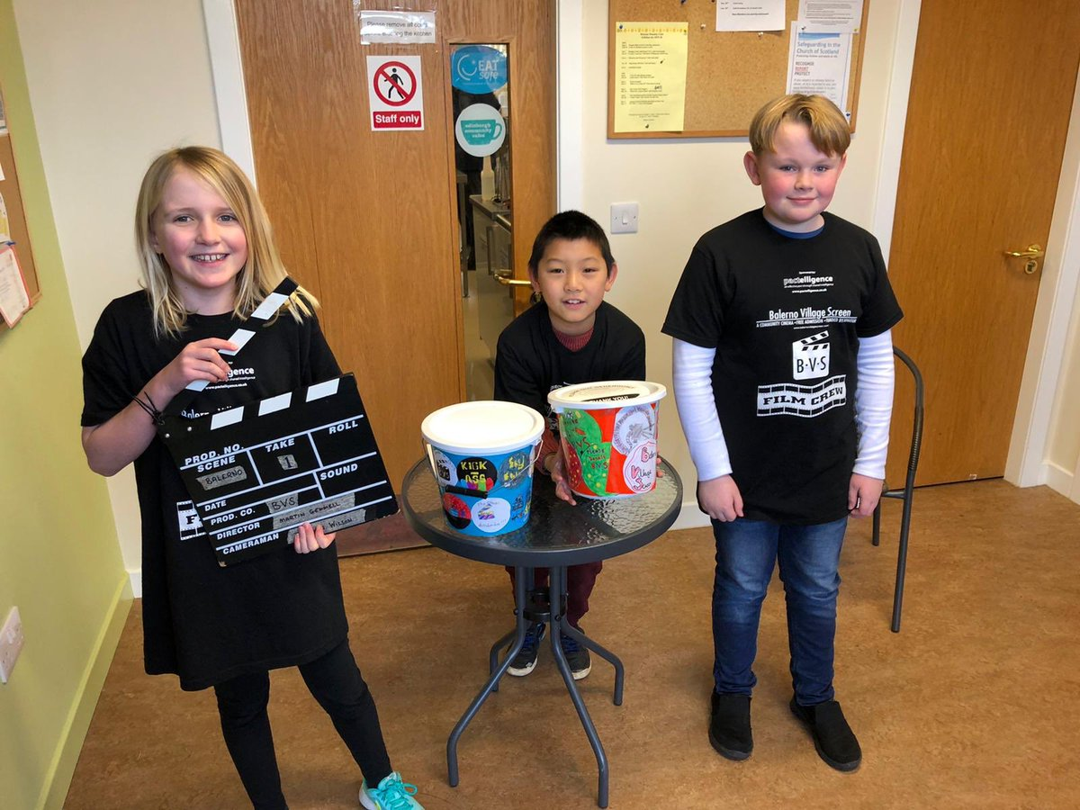 Primary 5 pupils did a great job helping out at the Balerno Village Screen on Saturday as part of their Big Ideas community link. Well done everyone! #bvs #ToyStory4  #woodyandbuzz pic.twitter.com/kjgVEsuyEo