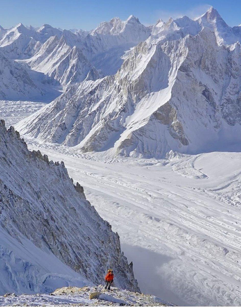Winter expeditions in full swing at #Karakoram range peaks. Ghasherbarum 1 & 2, combined expedition called off after a  dangerous incident, Broad peak & K2 expedition continued their efforts at former peak, international K2 team arriving BC, Batura Sar team preparing start.