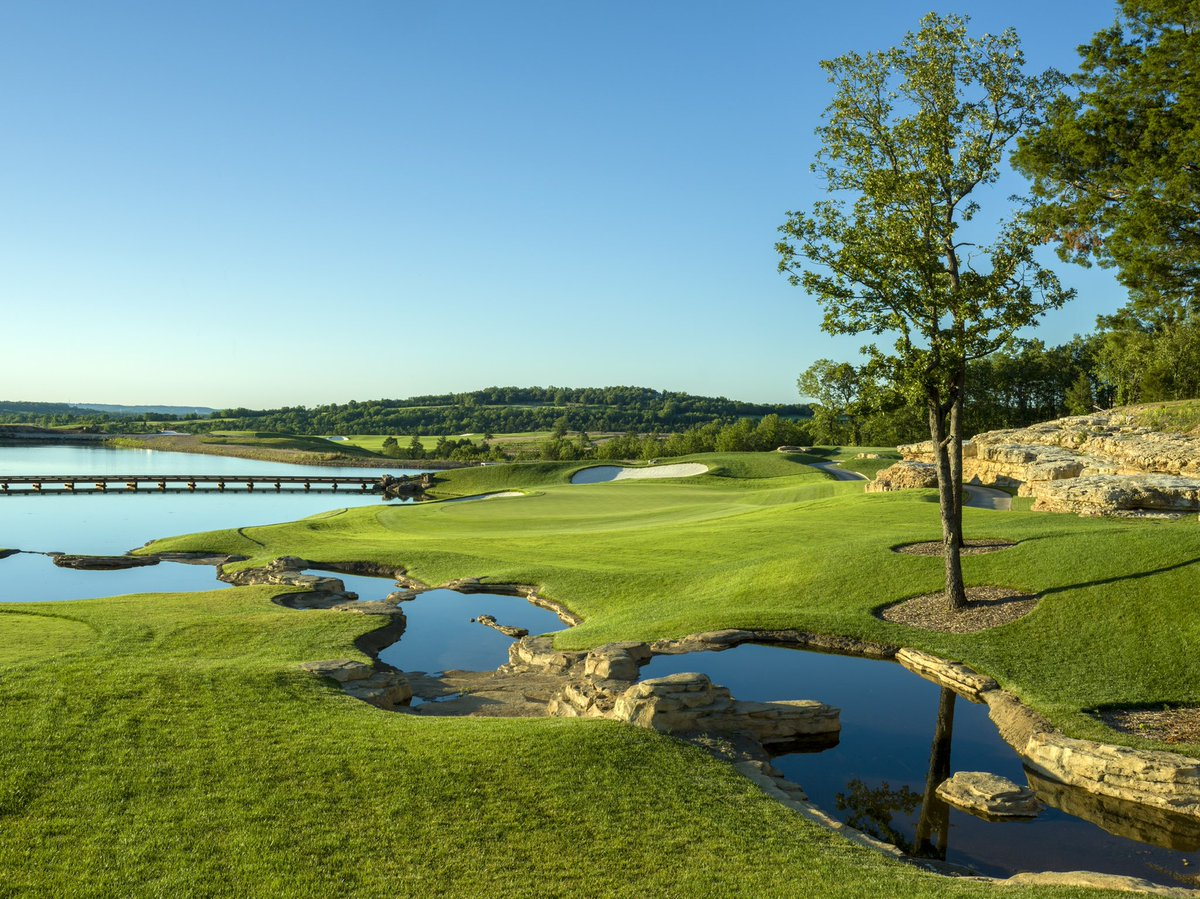 Hole #4 at Payne's Valley showcases the pristine water features players will face while navigating through our first public golf course in the U.S. @golfbigcedar. https://t.co/ytGoqUIc1I
