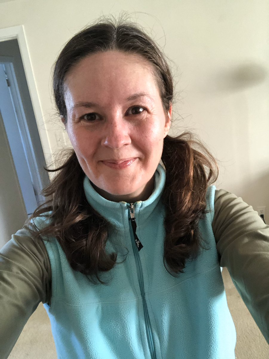 I'm still going on day 20 of the #ragnar31daychallenge  It was 32 degrees but sunny, and I felt a lot stronger today! May have some windburn, though. #motherrunner #bamr<br>http://pic.twitter.com/PvhJYBTrx6