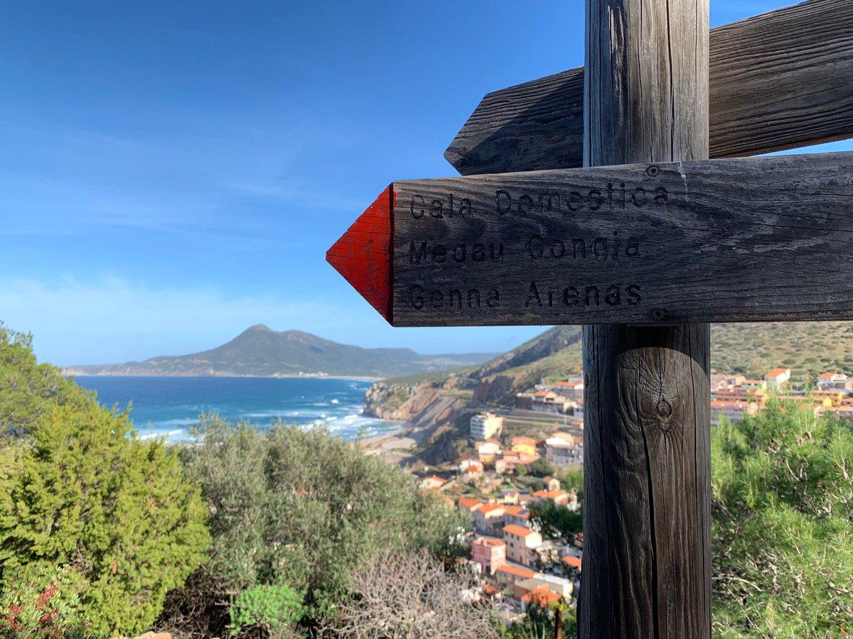 È facile volare a Buggerru. It's easy to fly to Buggerru. https://www.traildelmarganai.org/e-facile-volare-a-buggerru/… #tdm #tdm2020 #traildelmarganai  #trail #trailrunning #marganaik24 #sardegna  #running #nature #volasolochiosafarlo #buggerru #ultrarunning #ultrarunners pic.twitter.com/2OV50KeMgX