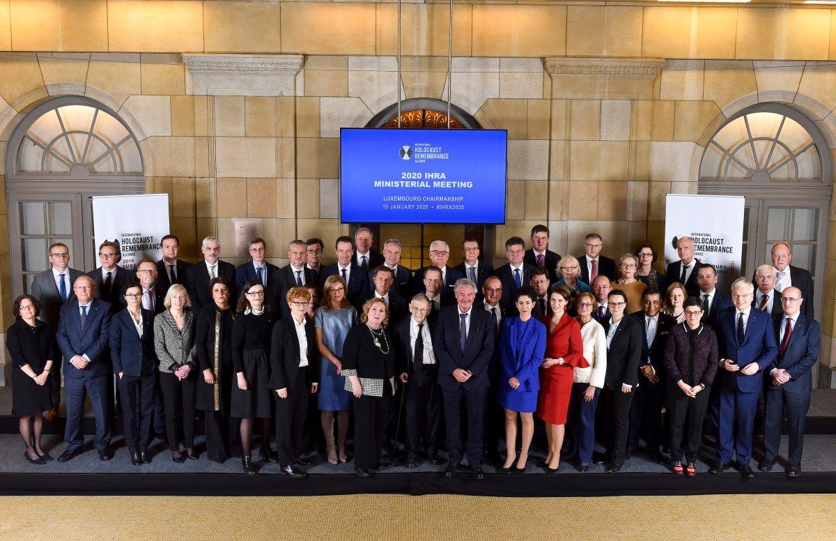 Le Canada appuie fièrement la Déclaration ministérielle de l'Alliance internationale pour la mémoire de l'Holocauste de 2020. La déclaration a été adoptée hier à Bruxelles en présence de la secrétaire parlementaire Bendayan, qui représentait le 🇨🇦. http://ow.ly/O08r30qaXeB