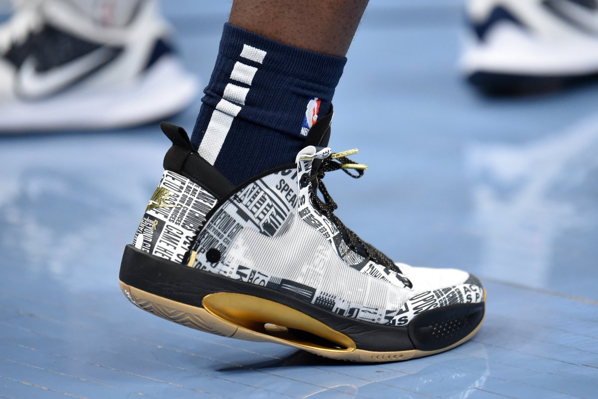 Replying to @PelicansNBA: .@Zionwilliamson's shoes honoring #MLK day