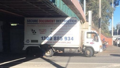 Why compliance firms offer on-site shredding <br>http://pic.twitter.com/N2iEeNMCIc