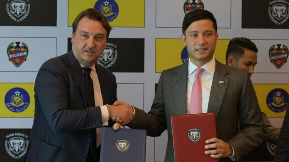 Levante UD sigue ampliando sus fronteras con la reciente firma en Kuala Lumpur (Malasia) de un acuerdo de colaboración con el Pahang Rangers FC para el asesoramiento deportivo de su sección de Fútbol Sala. pic.twitter.com/PepHfhyP2n