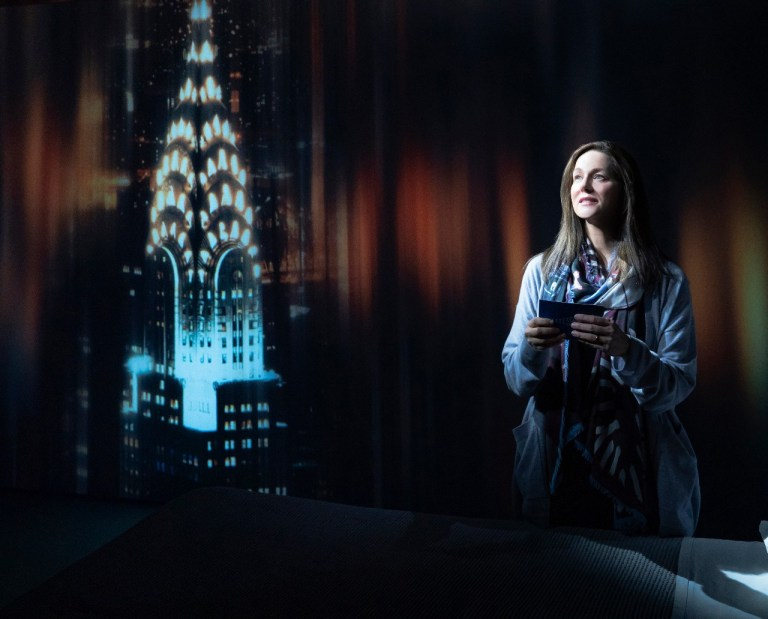 @MTC_NYC #LauraLinney #MyNameisLucyBarton Review @ http://www.stagezine.com/my-name-is-lucy-barton-laura-linney-shines/…pic.twitter.com/C9hcXIGybq