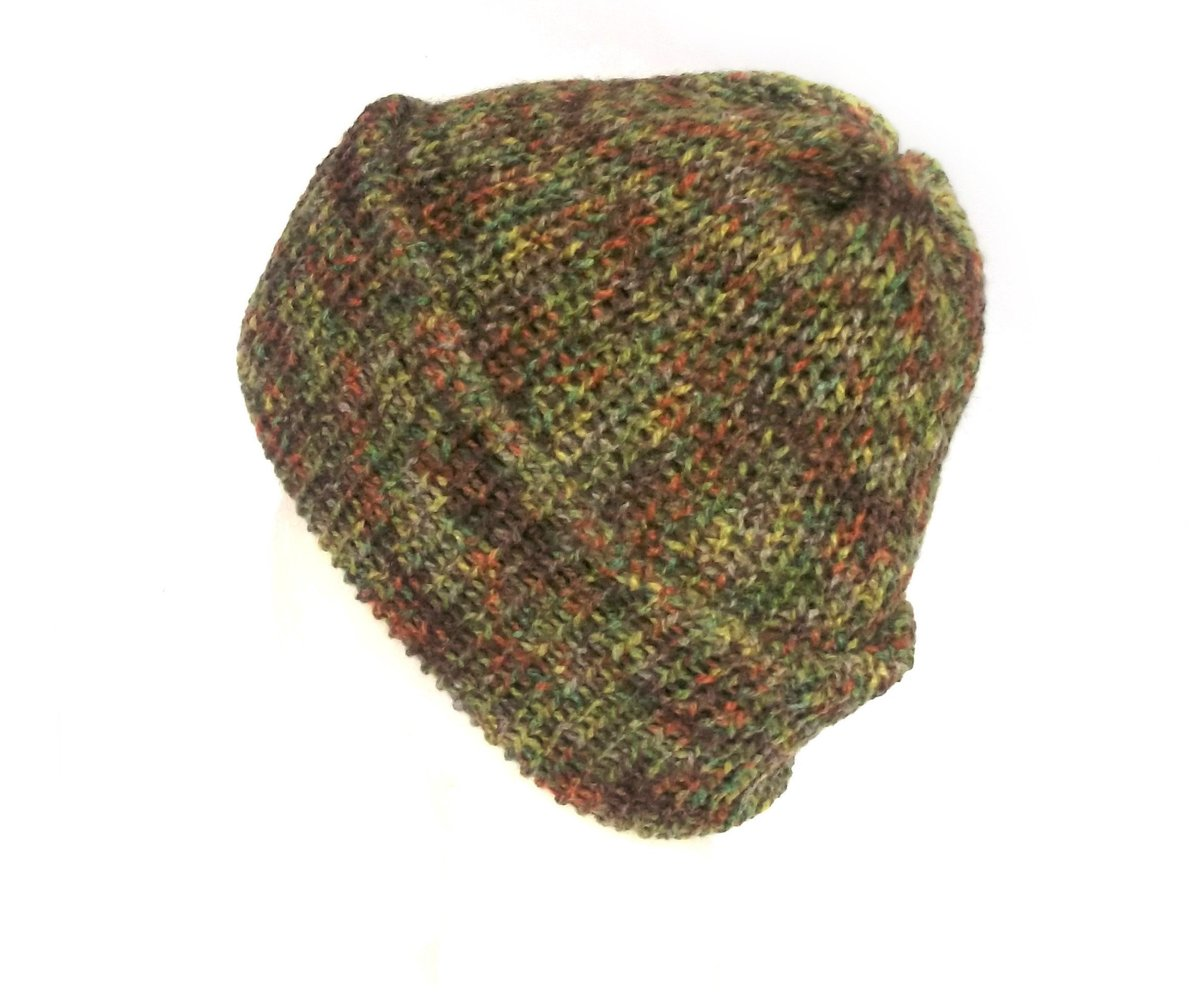 Green and brown slouchy beanie hat handmade with soft acrylic wool, can be worn as a slouchy hat or turned up fisherman beanie https://etsy.me/2rdcECV #Lelsloom #Shopping #Handmadehour #Knittedhats #Etsy #Veganfashion #Vegan #Grunge #KnitHatpic.twitter.com/pV1F2nNe5m