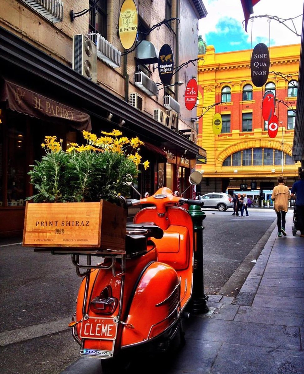 test Twitter Media - Degraves Street is a quintessential Melbourne laneway. Lined with cobblestones, year-round alfresco dining, art and quirky boutiques it's the perfect place to spend some time in Melbourne this summer (via IG/melbourneiloveyou). https://t.co/1TSpTiZlqS