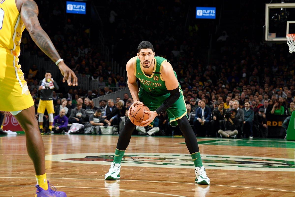Halftime on @NBAonTNT:  @Lakers 55 @celtics 69  Enes Kanter: 18 PTS, 8-10 FGM Jayson Tatum: 15 PTS, 3 3PM Kemba Walker: 11 PTS, 3 AST LeBron James: 13 PTS, 8 AST