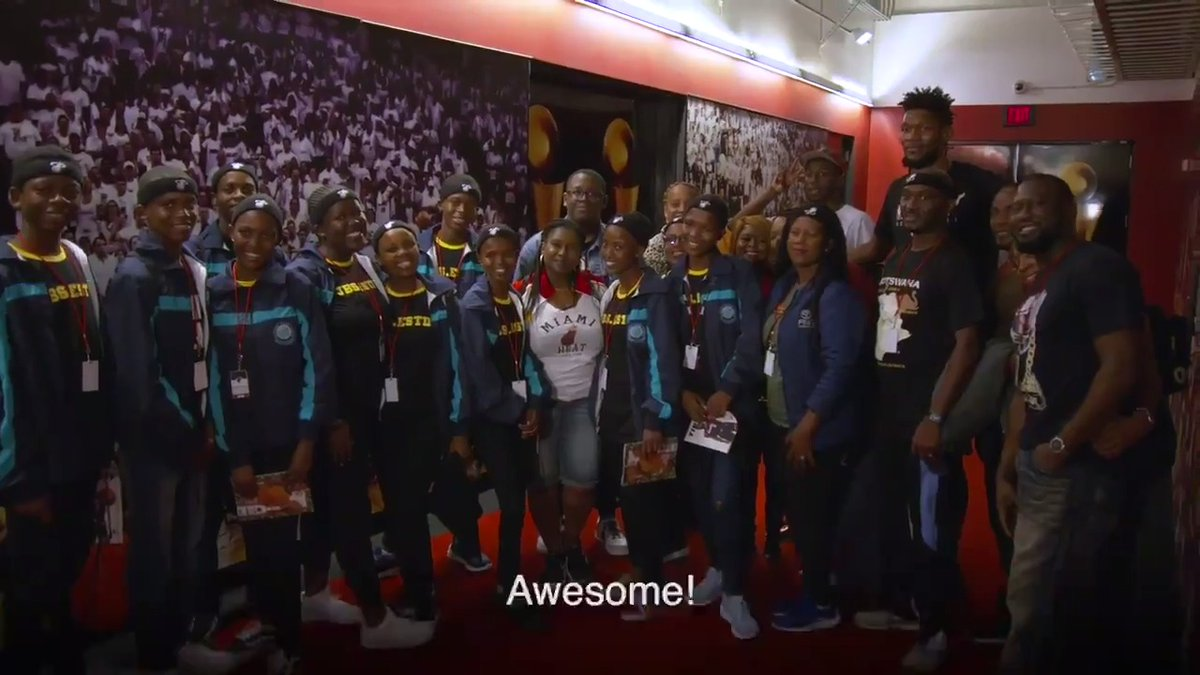 Before tonight's game, @SilvaObame welcomed 10 exchange students from Botswana (Africa) to their very first Miami HEAT game!