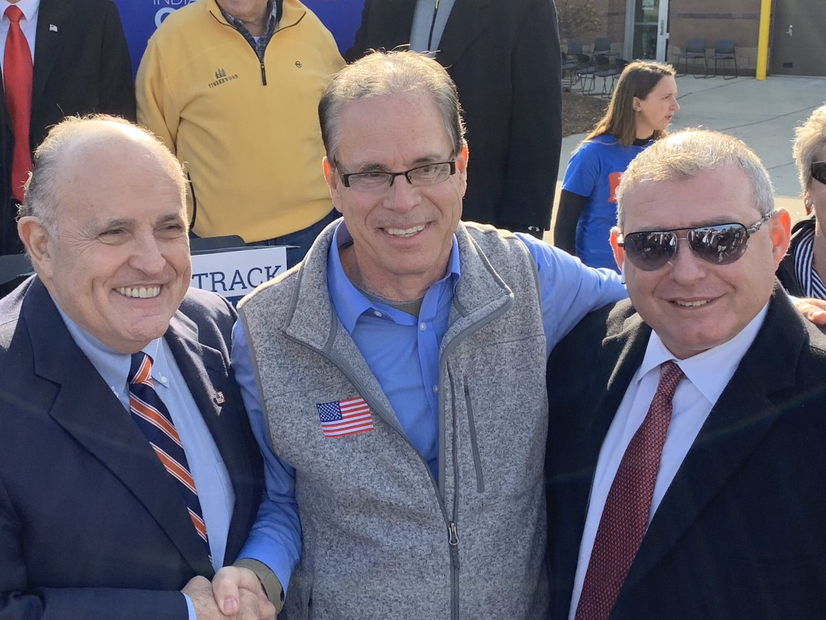 Here's a nice shot of the latest @GOP senator/juror—Mike Braun of Indiana—afraid to call Lev Parnas as a witness at the impeachment trial, posing with, of course, Lev Parnas and @RudyGiuliani. #LevRemembers #LevSpeaks #LevIsEverywhere #TheyAllKnew