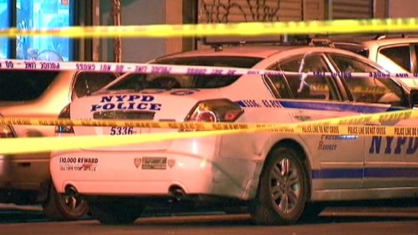 A man has been arrested after shooting his mom in the face in Brooklyn tonight, police say. 4.nbcny.com/jHb1oD7