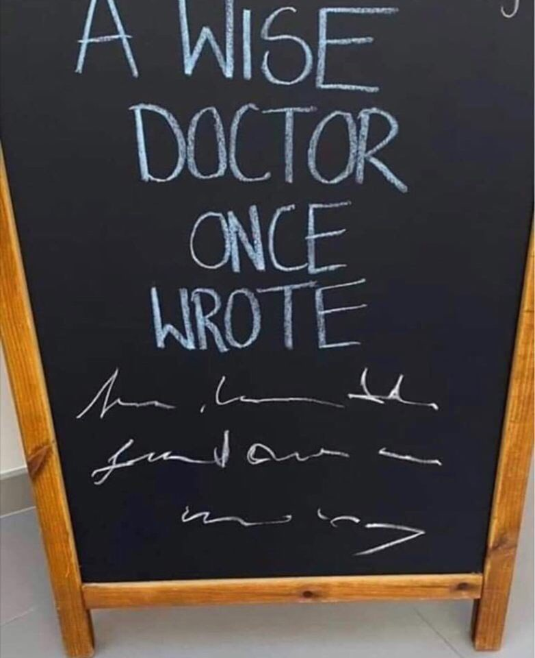 Thanks to my family for this meme...#doctor #memes #doctormemes #awisedoctoroncewrote #lol #doctorwriting #doctorspic.twitter.com/V69Pp4IJiy