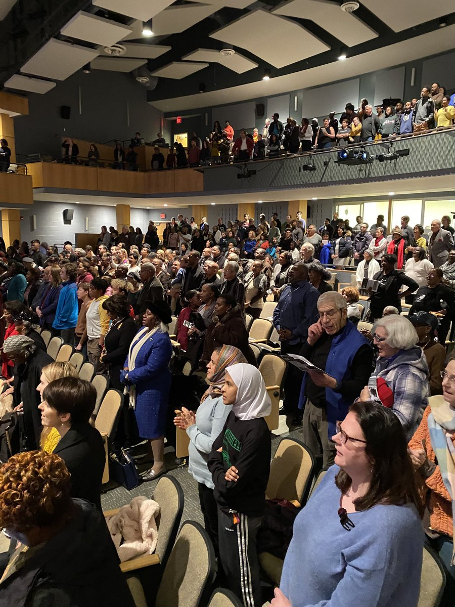 Arlington's 51st Annual Tribute to Dr. MLK with performances by some APS students.  A wonderful event with a packed auditorium! <a target='_blank' href='https://t.co/EuJKqMB5Bf'>https://t.co/EuJKqMB5Bf</a>