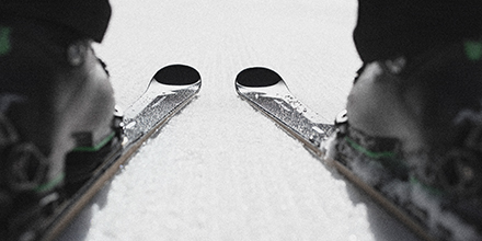 Poised for the piste. The #PorscheDesignElanAmphibio fuses #ElanSkis starting gate performance, with the refined design you expect from Studio F. A. Porsche. Become the eye-catcher of every ski resort - without ever being caught. Ready for downhill? #PorscheDesign pic.twitter.com/dYZf2u63xE