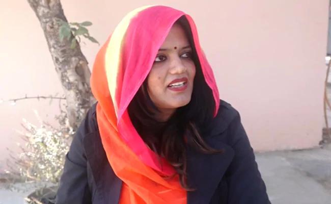 Rajasthan woman quits Dubai job to contest panchayat elections https://www.ndtv.com/india-news/sikar-rajasthan-panchayat-elections-woman-quits-dubai-job-to-contest-local-polls-2167219…