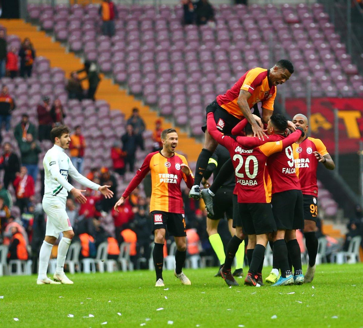 Günaydın #Galatasaray Ailesi