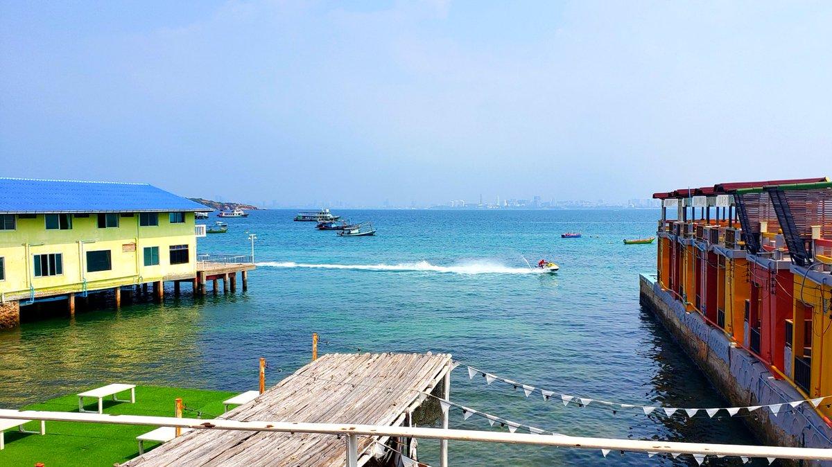 🍝 #lunch #restaurant #cafe #ocean #thailand #pattaya #kohlarn #travel #ランチ #レストラン #カフェ #オーシャンビュー #タイ #パタヤ #ラン島 #海外旅行 #午饭 #餐厅 #咖啡馆 #海景 #泰国 #芭提雅 #格兰岛 #旅游