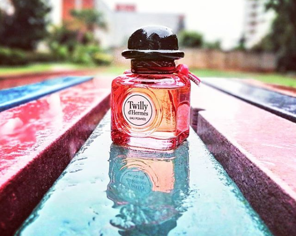 Spice up your week with a spritz of Hermès', back in stock now >  https:// buff.ly/36eIMVC    <br>http://pic.twitter.com/qx1Np6pBrB